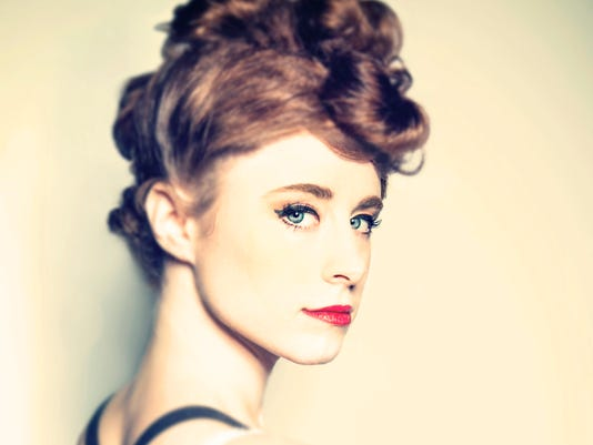 KIESZA CLOSE UP edit2