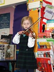 IMG_2777_violinist