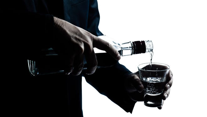 Alcohol can have both positive and negative affects on a person's health.