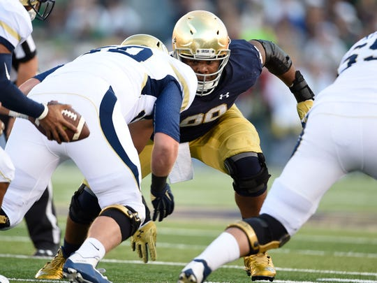 Notre Dame is expecting improvement from Jerry Tillery (99) in 2017.