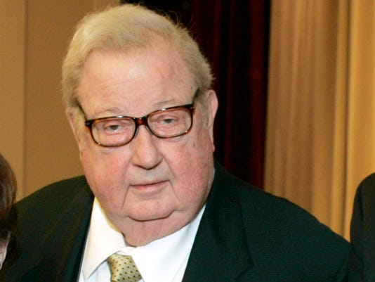 Documentary Filmmaker Robert Drew Dies At 90