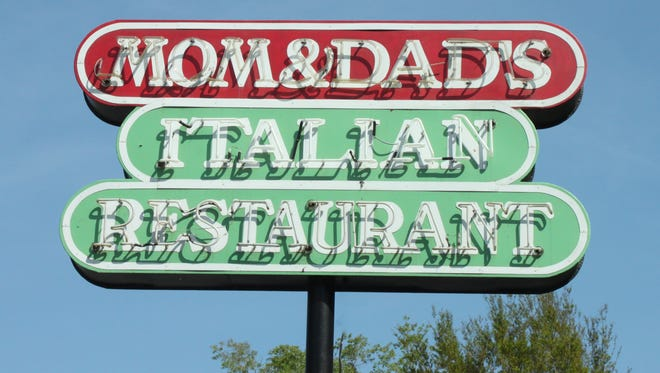 Mom and Dad's Italian Restaurant is planning to open another location in Bannerman Crossings.