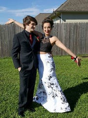 After her tumor removal surgery, Alexis attended the prom.