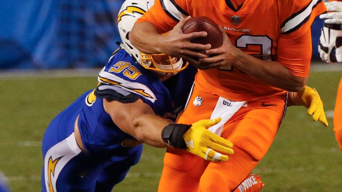 Rivers Leads Chargers To 21 13 Victory Against Broncos