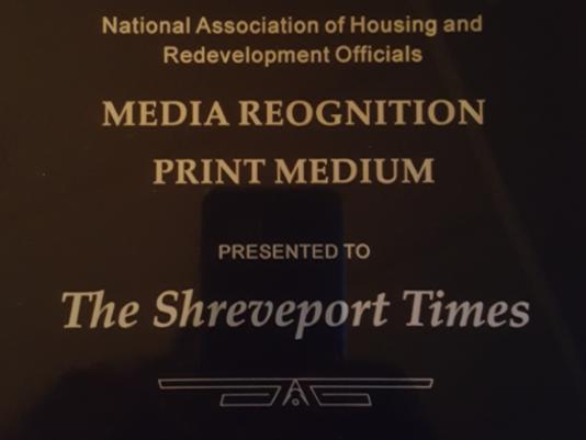 636386746147702906-award.PNG