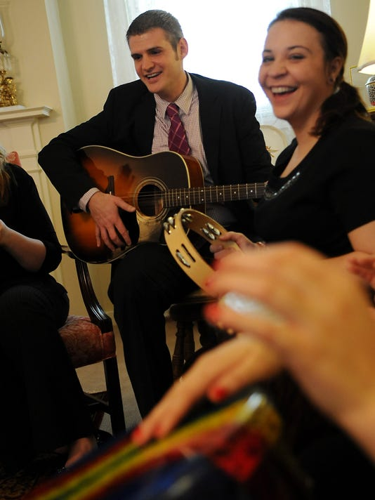 William Carey University Students Music Therapy Treatment