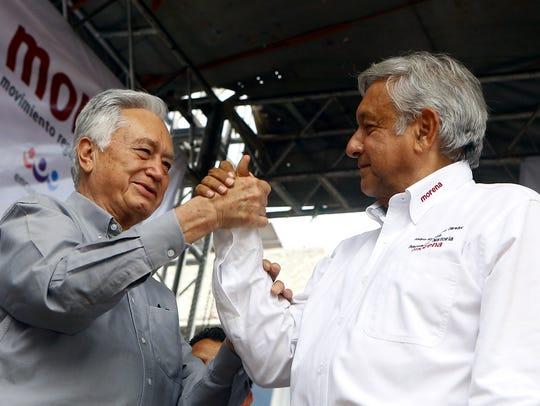 Andrés Manuel López Obrador (der.) confía en Manuel
