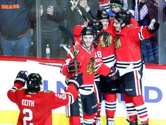 USP NHL: COLORADO AVALANCHE AT CHICAGO BLACKHAWKS S HKN USA IL