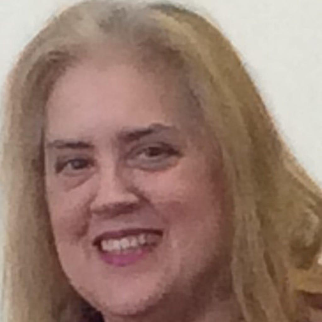 Pamela MacKenzie
