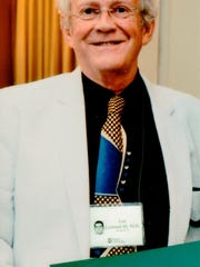 Dr. J. Lee Leonard died Tuesday at age 76.