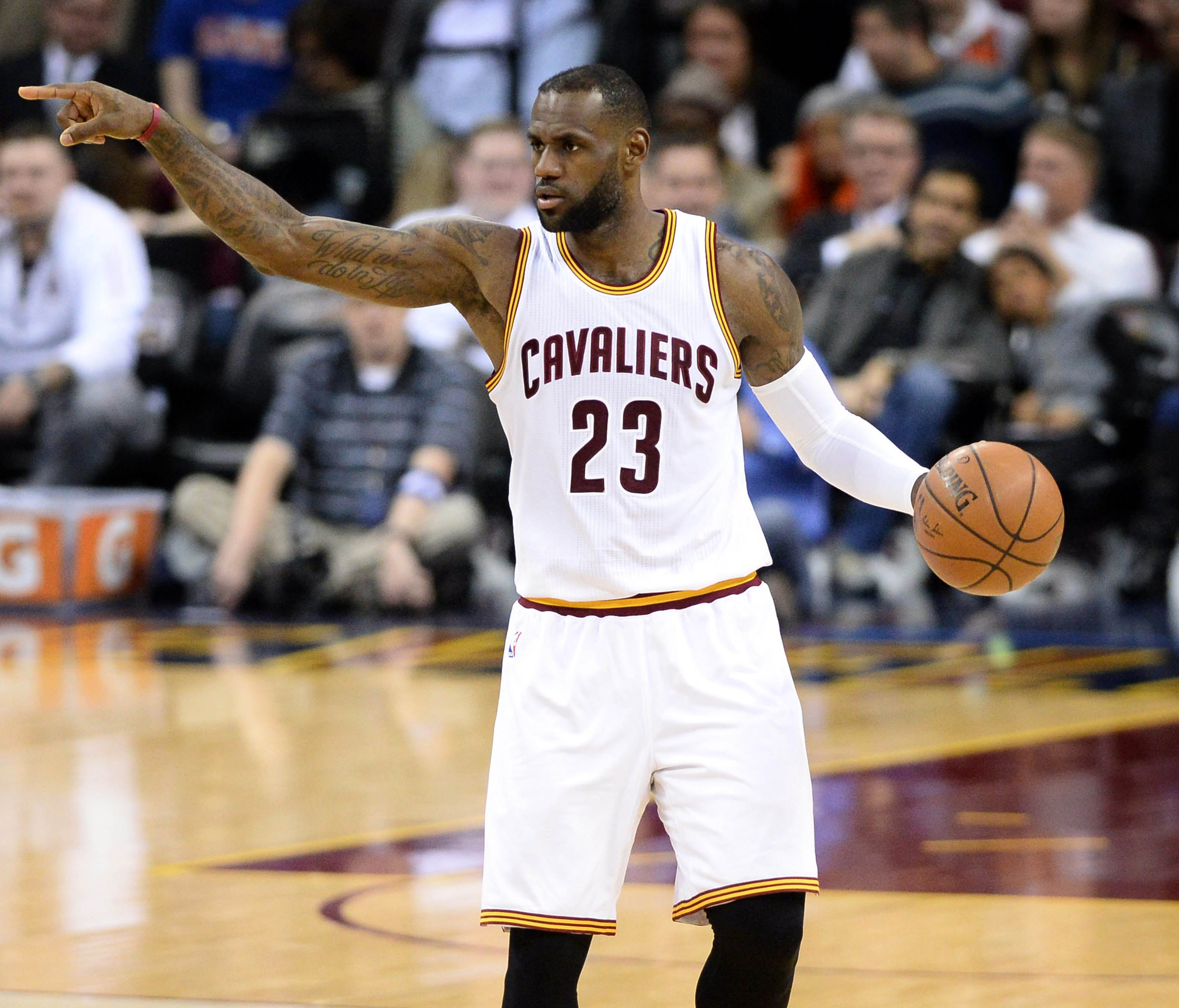 LeBron's Triple-double Leads Cavaliers To Division Title