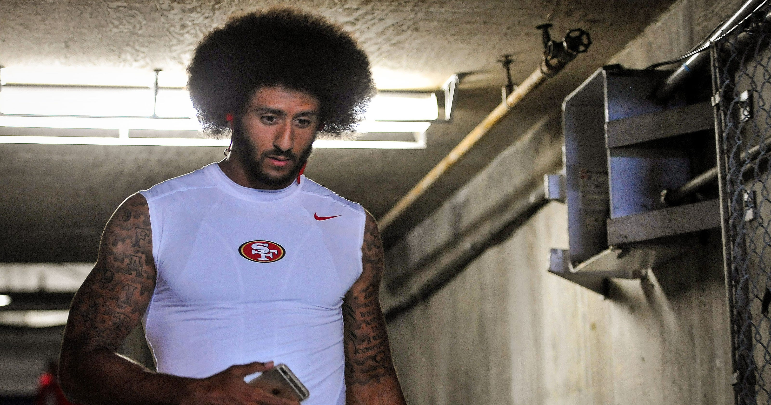 big sale 122de 6b887 Why Colin Kaepernick and other athletes are more likely to address social  issues