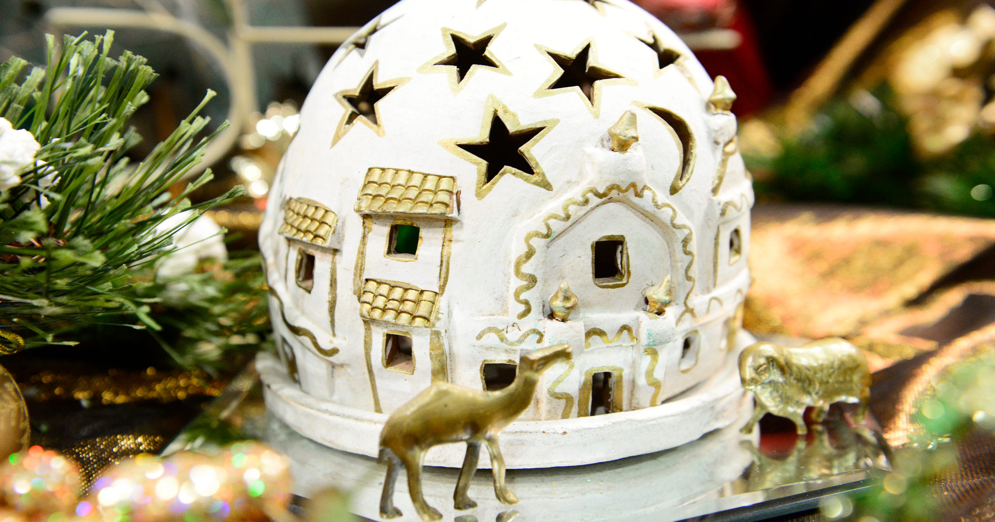 Manitowoc events: Wonder of Christmas nativity, MSO Tour of Homes set