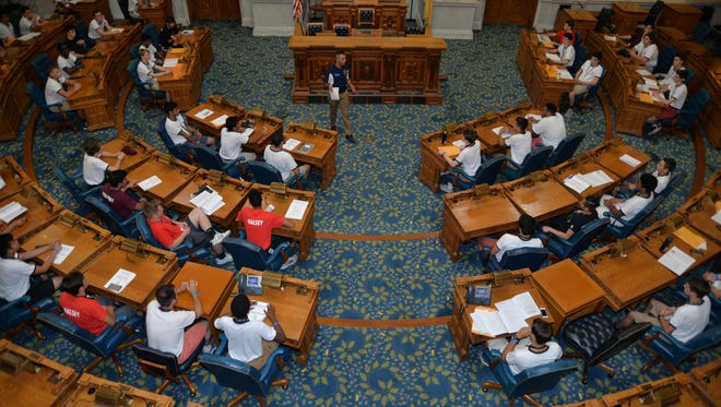 The 72nd ALJBS Legislature holding its fist session at the New Jersey Statehouse.