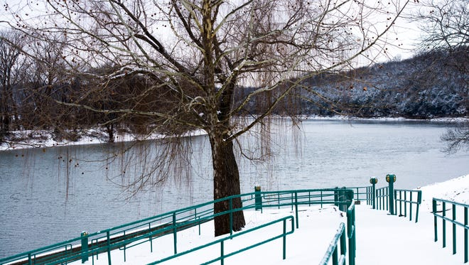 The ramp from McGregor Park looking down on the Riverwalk an Cumberland River on January 16, 2018.