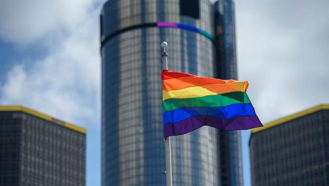 Term-limited Republican Gov. Rick Snyder this week signed an executive directive prohibiting state departments and agencies from discriminating against gay or transgender people seeking government contracts, grants or loans.