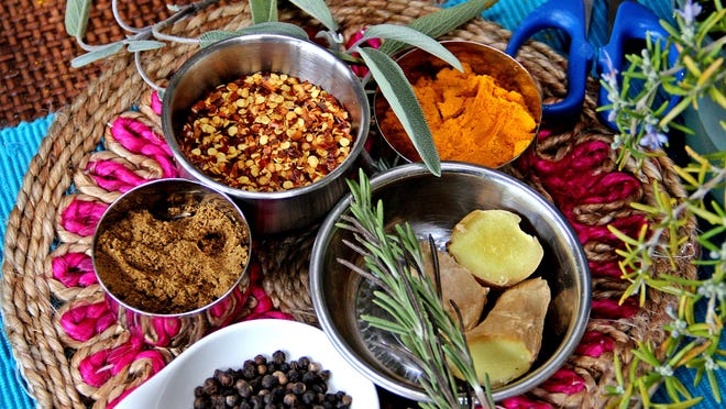 Winter spices will warm your home on a cold night. See some recipes on how to use them on 4D.