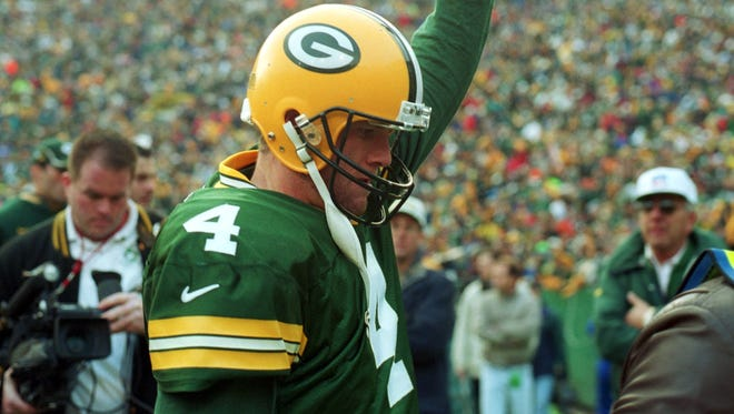 The Green Bay Packers and Packers Hall of Fame Inc. are planning are joint announcement Monday about former quarterback Brett Favre.