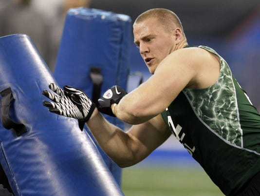 AP NFL COMBINE FOOTBALL S FBN USA IN