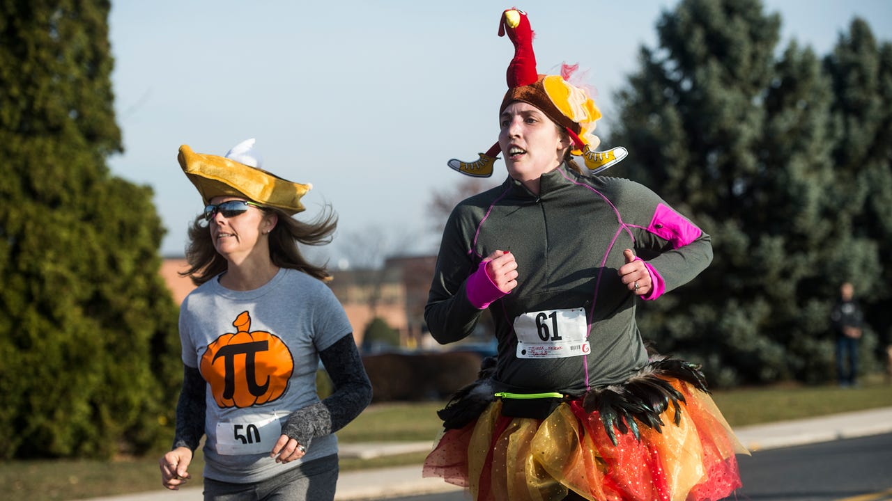 The 25th annual New Oxford Turkey Trot.