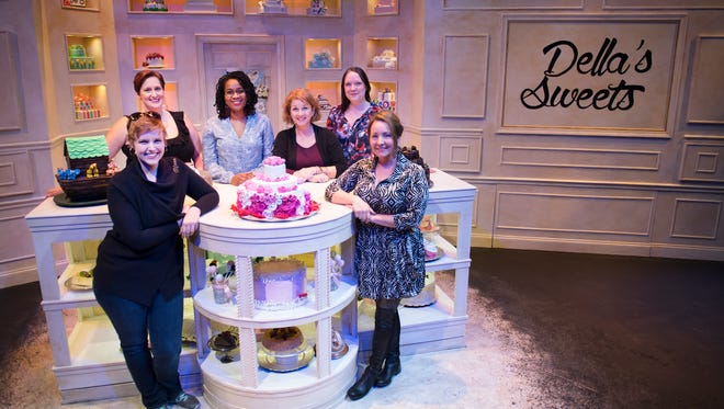 """Maranda DeBusk, Louise Ochart, Kendra Johnson, Shannon Rossi, Kerrie Seymour, and Shannon Robert pose for a photo on the set of """"The Cake"""" at The Warehouse Theatre on Wednesday, November 29, 2017."""