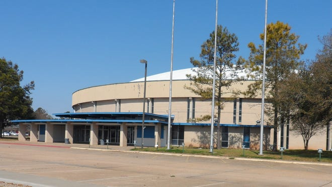 The Alexandria City Council has introduced an ordinance that could lead to getting the Rapides Parish Coliseum renovation project under way.