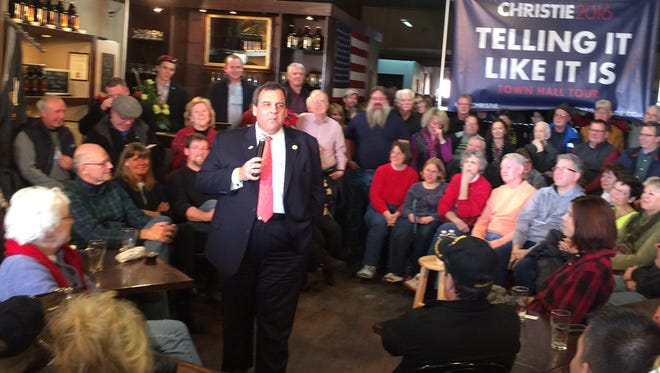 Chris Christie talks at a town hall at Mason City Brewing on Saturday, Dec. 5, 2015.