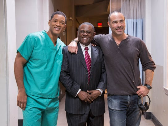 Will Smith (from left), Bennet Omalu and director Peter