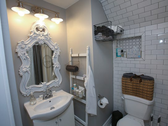The bathroom inside Dana McMahan's Airbnb in Old Louisville.