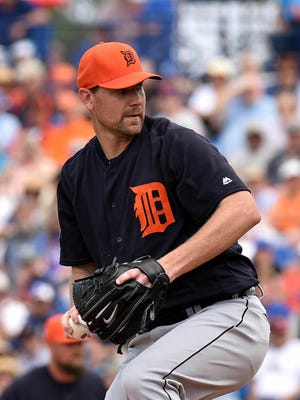 Tigers pitcher Mike Pelfrey
