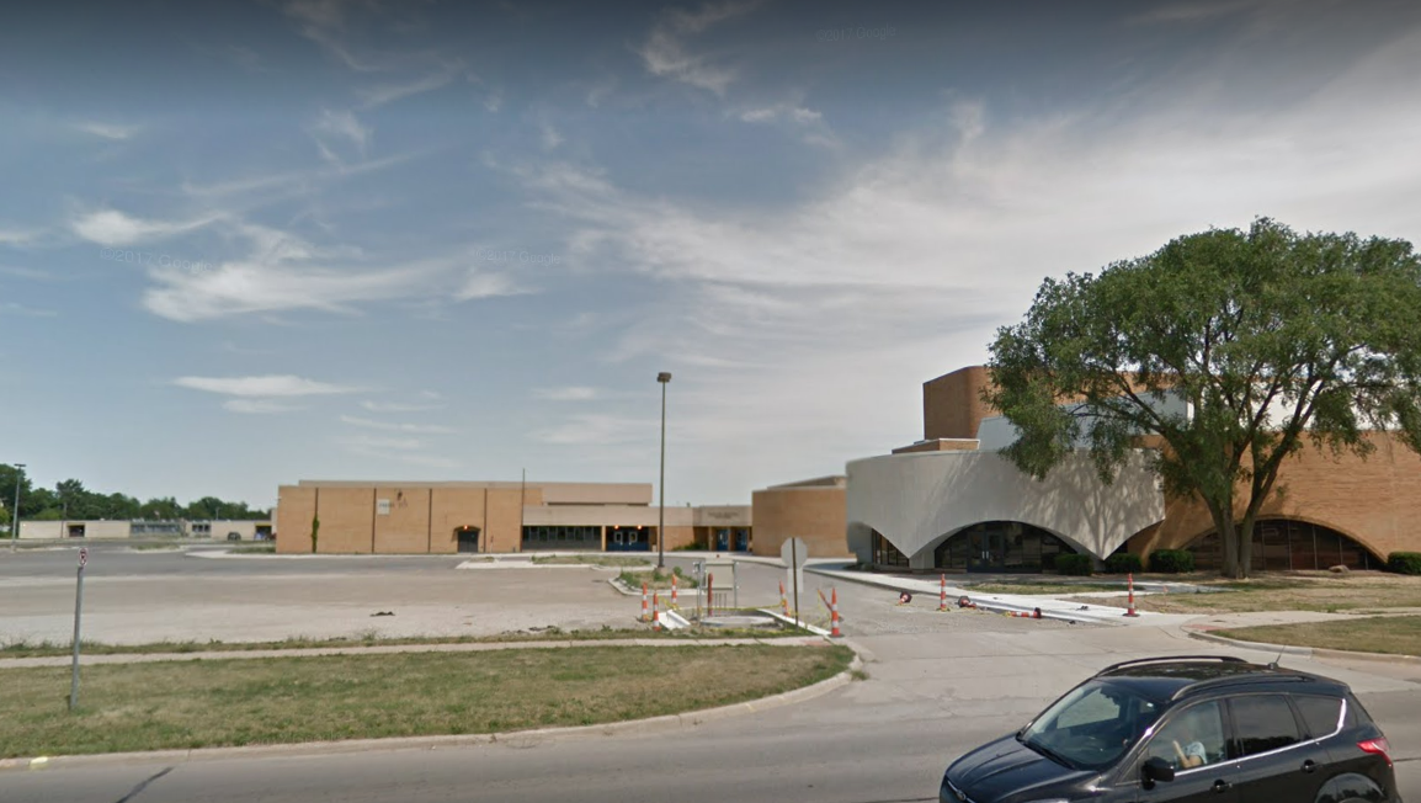 Officials: Garden City High School on lockdown