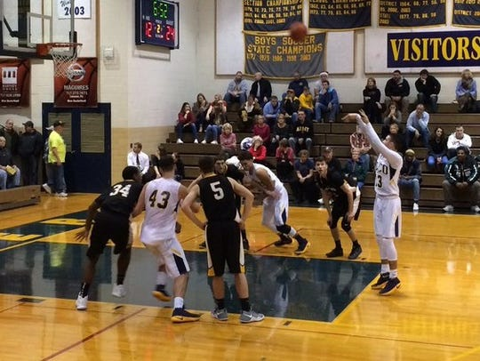 Elco's frustrations continued Monday night with a 73-70