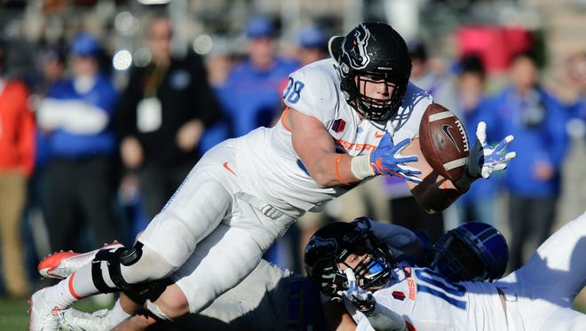 Boise State Broncos linebacker Leighton Vander Esch is a playmaker the Bengals could use.