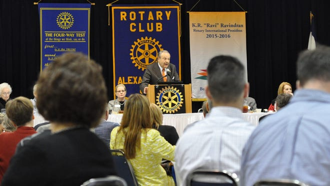 Louisiana Board of Regents Chair Richard Lipsey speaks to Alexandria Rotarians on Tuesday.