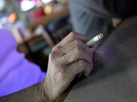 FILE-m022-cigarette-0709n_07-22-2009_BB12SC0I.jpg_20090722.jpg