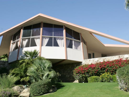 The House of Tomorrow, which is more commonly known as the Elvis Honeymoon Retreat, built in 1960 for Bob and Helene Alexander is a Palmer and Krisel design. The home is located on Ladera Circle in Palm Springs.