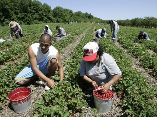 2013 197821546-TDNBrd_08-07-2013_D_1_A015~~2013~08~06~IMG_Migrant_Workers_1_.jpg
