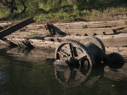Old steamship remains near Chattahoochee.