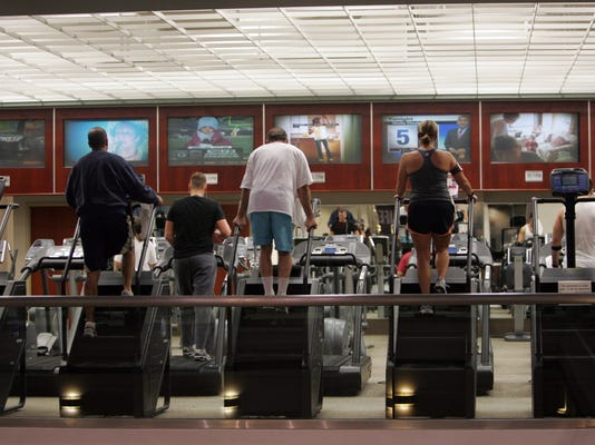 636512923856601521-fitness-122208-wall2-wa-1-.jpg