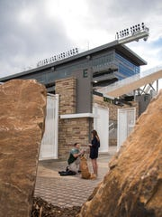 CSU alumnus Kyle Griffin proposed to his fiance Laura