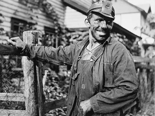 Coal_miner_(Polish)._Capels,_West_Virginia.jpg