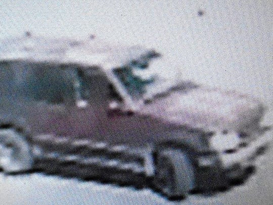 This is a video image of a Ford Explorer SUV believed