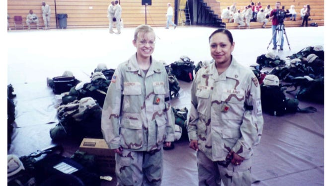 Jessica Lynch with Lori Piestewa prior to their deployment at Fort Bliss, Texas.
