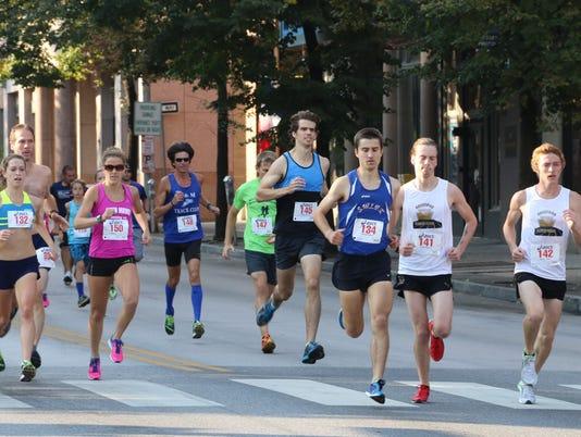 636087881517099809-Runners.jpg