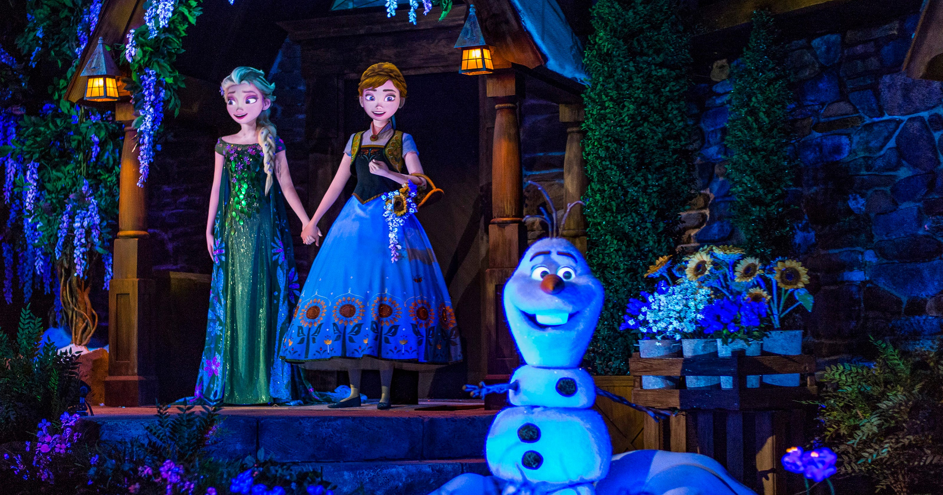 The Frozen Storm Rages On At Disney World And Disneyland