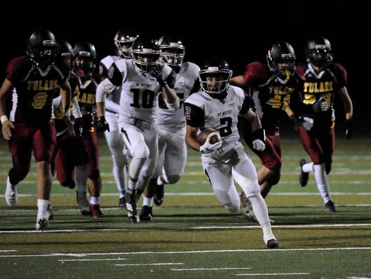 Mt. Whitney Jonathan Hadley escapes Tulare Union during