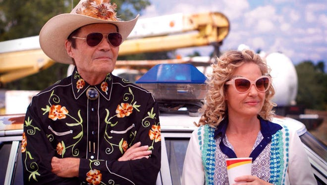 Fred Willard and Joey Lauren Adams oversee the canine comedy capers of 'Here Comes Rusty.'