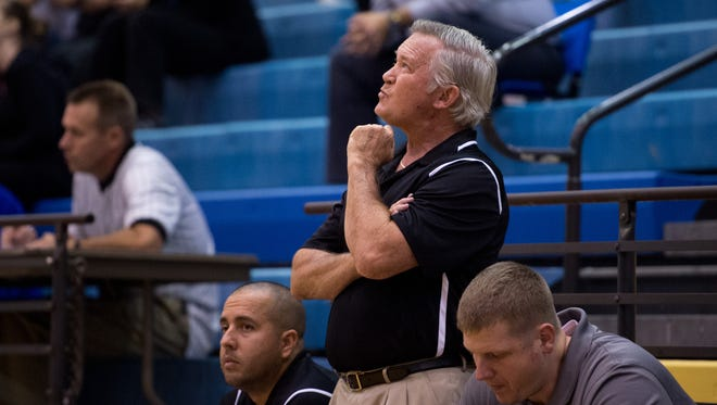 Chuck Loewendick spent the past 29 seasons as Vero Beach's boys basketball coach. His replacement, former Poinciana coach Shane Whitsett, is just the sixth Fighting Indians coach since the start of the 1967-68 season.