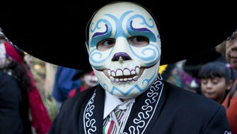 10/22-23: Dia de los Muertos Festival | Mesa Arts Center will again celebrate the Latin-American holiday that honors those who have died. There will be performances from regional folklorico groups, mariachi bands and dance troupes. Other attractions include food, a market where you can shop for arts and crafts, and a community altar. | Details: 10 a.m.-5 p.m. Saturday, Oct. 22; noon-5 p.m. Sunday, Oct. 23. 1 E. Main St., Mesa. Free admission and parking. 480-644-6500, mesaartscenter.com.
