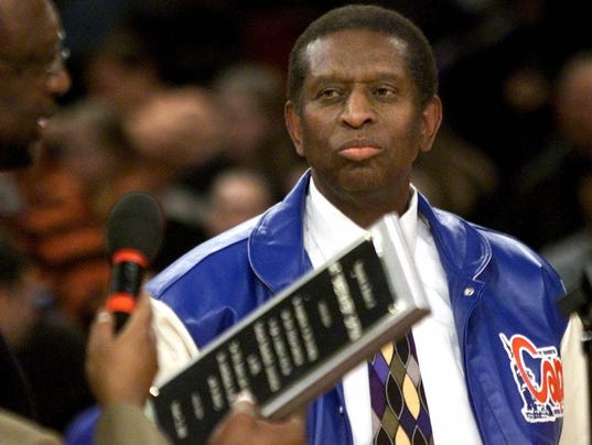 Ex-Piston, first black NBA player Earl Lloyd dies at 86
